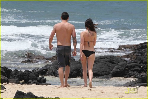 Megan vos, fox & Brian Austin Green: Kona Couple