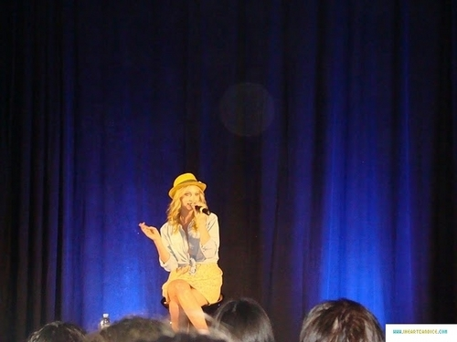 più pics from Candice's appearance at Bloody Night Con 2011!