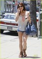 New candids of Ashley grabbing lunch at Panera روٹی Cafe in LA today