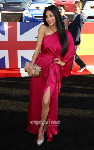 Nicole Scherzinger: Cars 2 Premiere in Hollywood, Jun 18