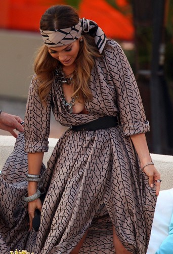 "Jennifer Lopez wallpaper possibly with a polonaise called Nipslip Candids at ""Wetten, Dass…?"" Show in Palma de Mallorca"