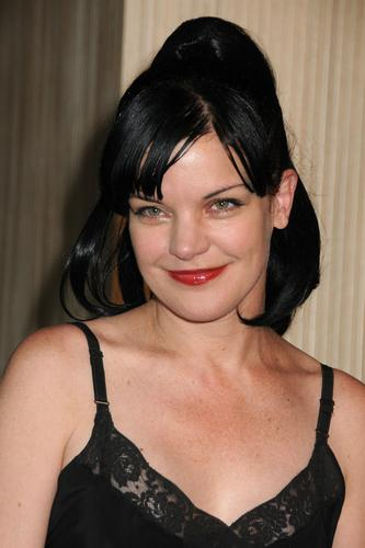 Pauley Perrette - Women In Film Crystal / Lucy Awards - Beverly Hills (2011-06-16)