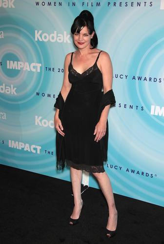Pauley Perrette - Women In Film Crystal / Lucy Awards - Beverly Hills (2011-06-16) - pauley-perrette Photo