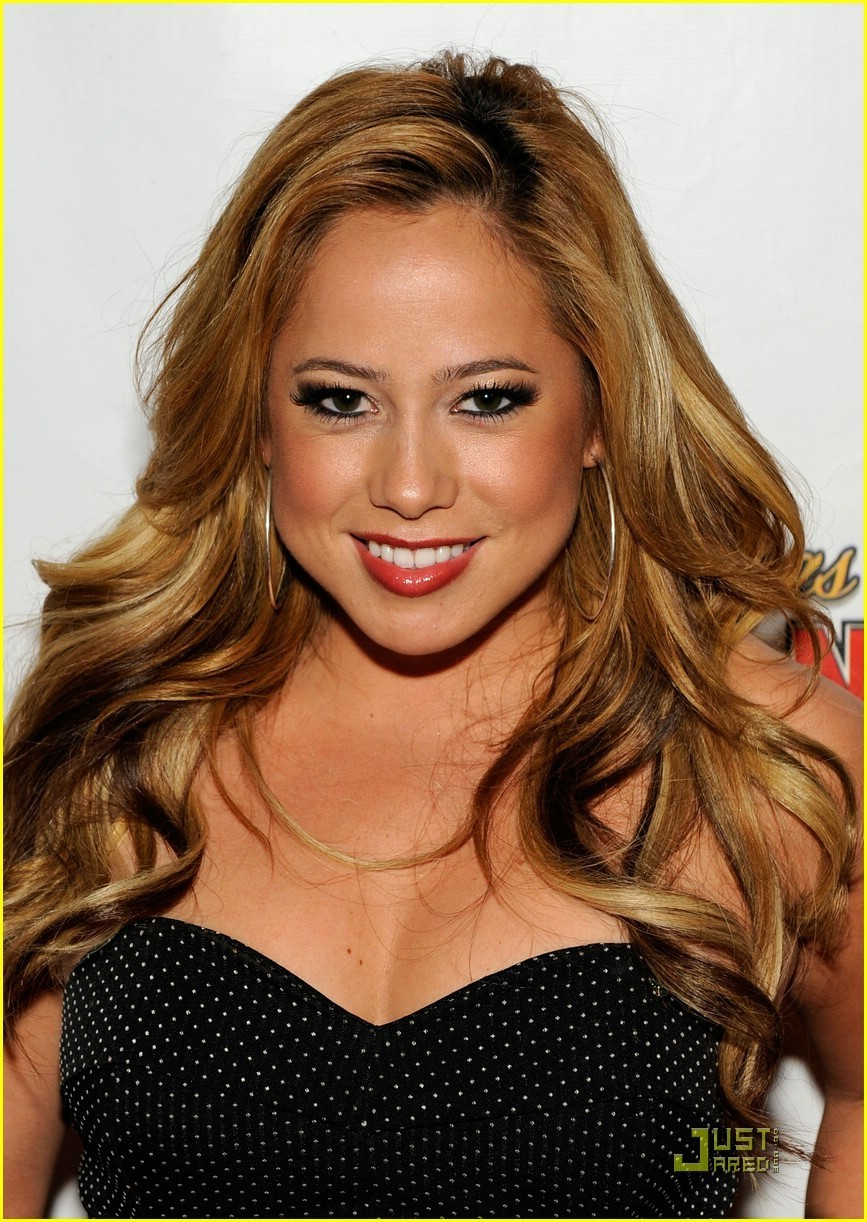 Sabrina Bryan education