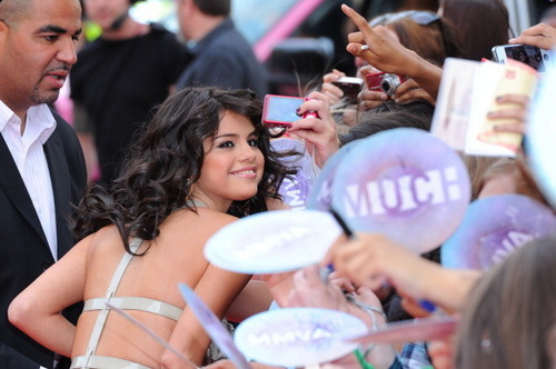 Selena - Much সঙ্গীত Video Awards - June 19, 2011