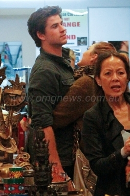Shopping with Liam in Sydney, Australia [20th June]