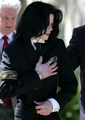 The kindest heart on Earth - michael-jackson photo