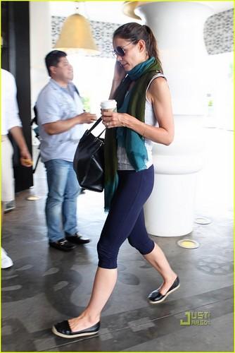 Tom Cruise & Katie Holmes: Miami with Suri!