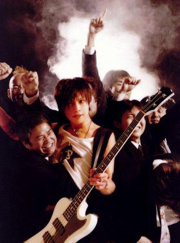 Toshiya Magazine Photoshoot