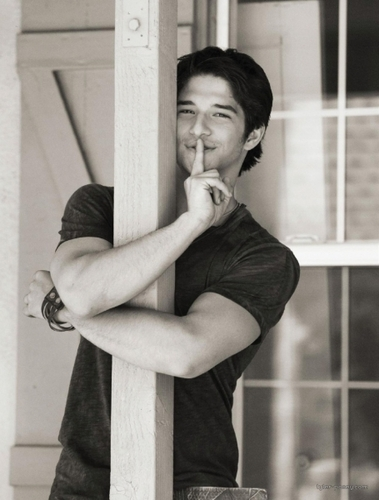 Tyler Posey wallpaper possibly containing a holding cell called Tyler Posey Troix