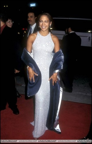 selena-premiere-1997