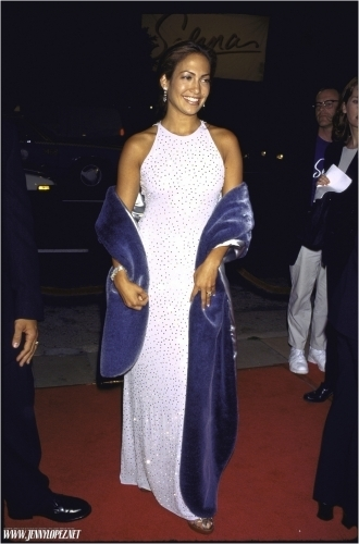 Selena (the movie) वॉलपेपर probably containing a कॉकटेल dress, a nightgown, and a रात का खाना dress entitled selena-premiere-1997