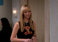 8x23 - TOW Rachel Has a Baby, part 1 - phoebe-buffay screencap