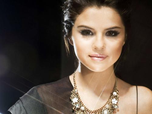 A Beauty Selena <3