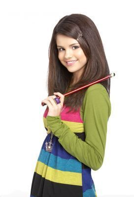 Disney Females wolpeyper containing a portrait titled Alex Russo