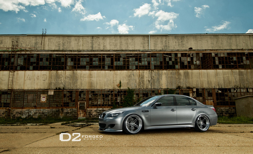 BMW E60 M5 sejak D2FORGED