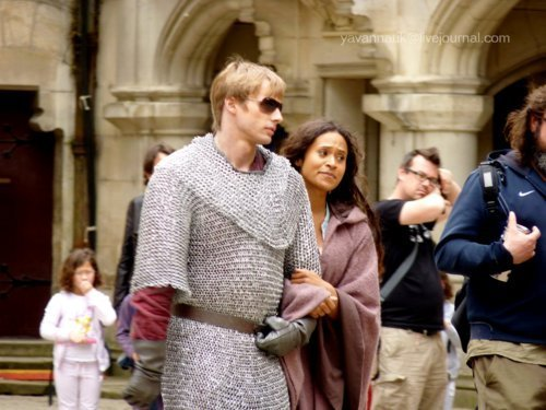 BRADLEY AND ANGEL ARM IN ARM off set  - merlin-on-bbc Photo