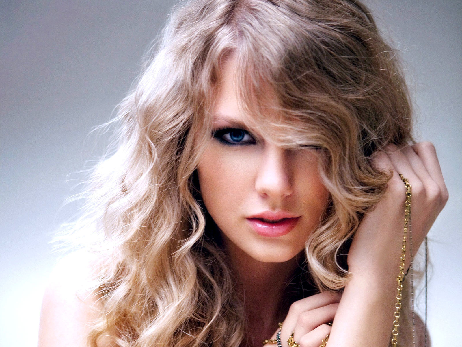 Beautiful Taylor - Taylor Swift Wallpaper (23103616) - Fanpop
