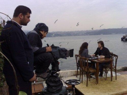 Beren Saat- Ask-i Memnu (Behind scenes)