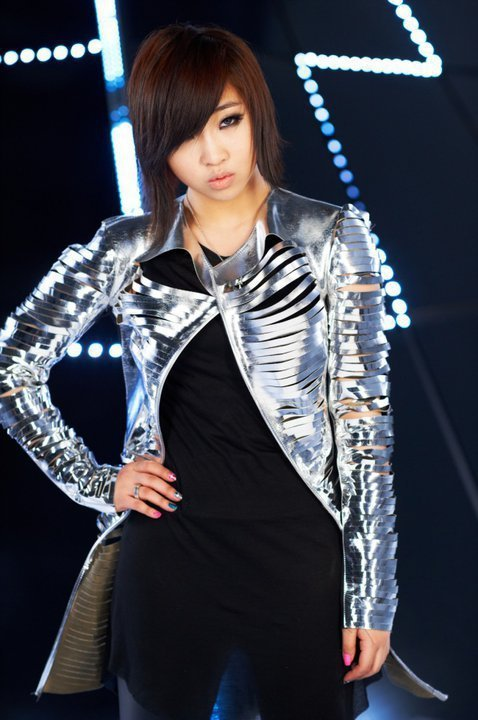 Ficha de Hyori Lee CL-AND-MINZY-I-AM-THE-BEST-cl-and-minzy-23139229-478-720