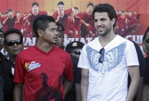 Cesc Fabregas wallpaper possibly containing a leisure wear titled Cesc in Indonesia 2011