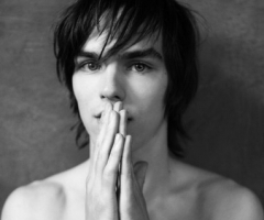Николас Холт Обои titled Cutie named Nicholas Hoult