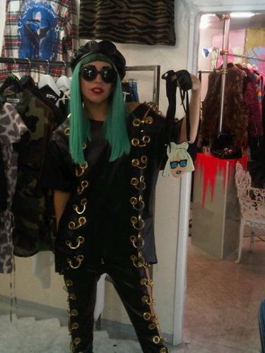Gaga with a gaga নেকলেস