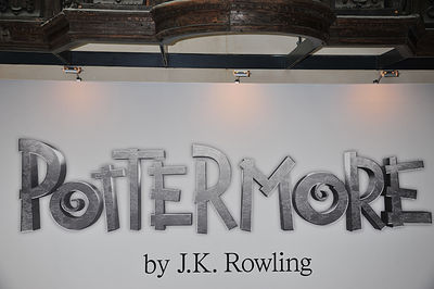J.K. Rowling mises à jour official site on Pottermore, photos from Londres press launch