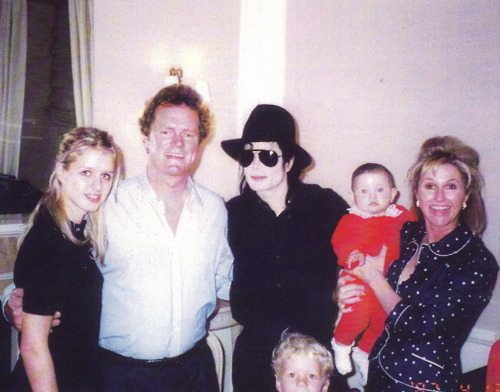 Jacksons and Hiltons - prince-michael-jackson photo