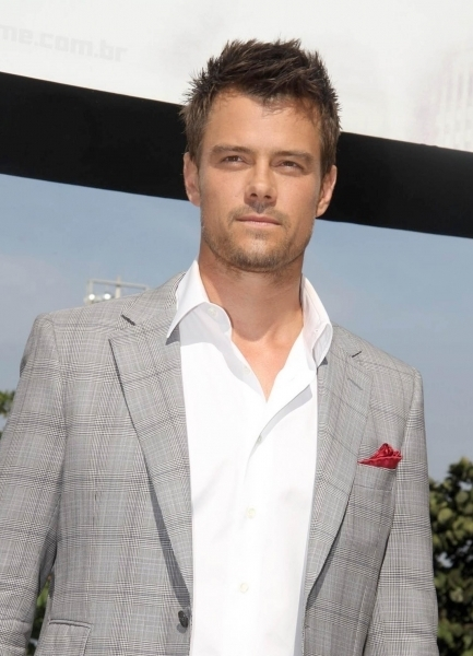 Josh @ Transformers Dark of the Moon Rio Press Conference - josh-duhamel photo