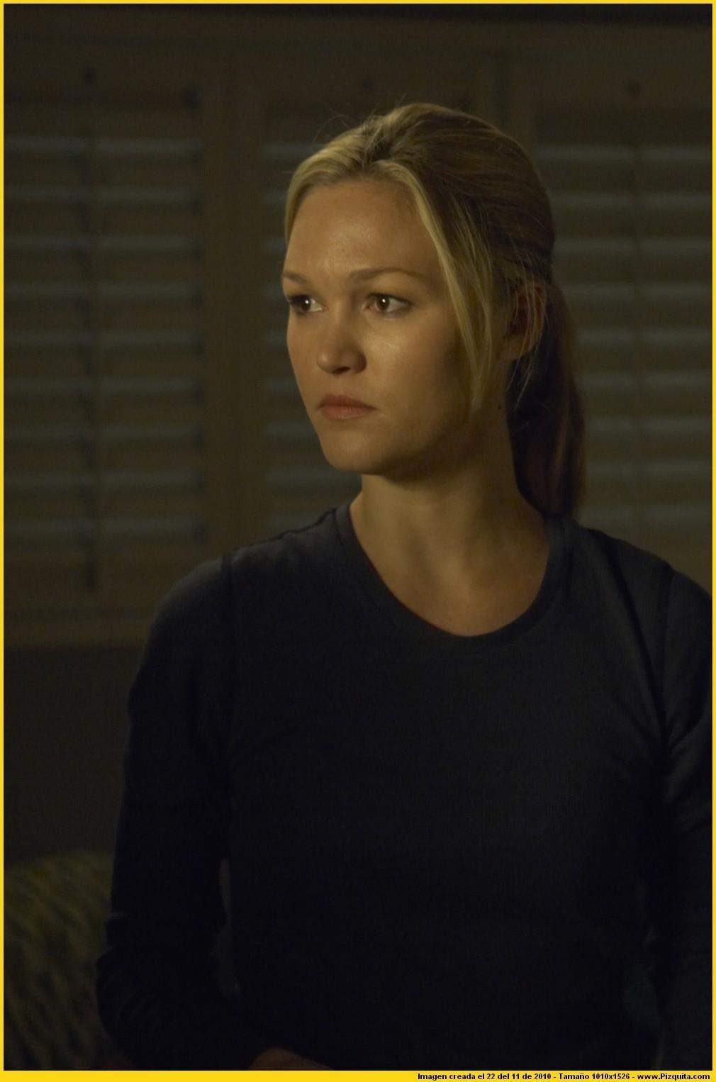 Julia as Lumen Pierce