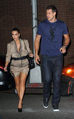 Kim Kardashian and Kris Humphries out for dinner at the Waverly Inn in NYC (June 24).