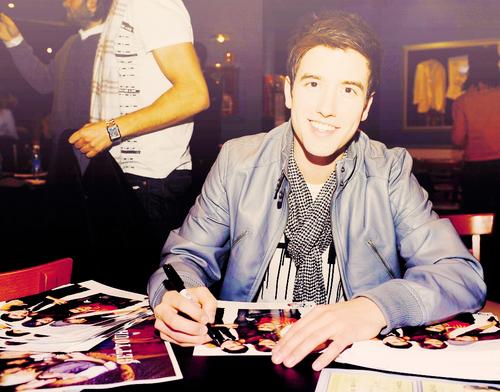 Logan♥