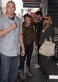 Miley - Shopping on Chapel jalan, street in Melbourne - June 23, 2011