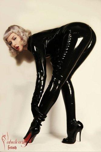 28. Pamela Anderson nudes (19 pictures) Paparazzi, iCloud, underwear