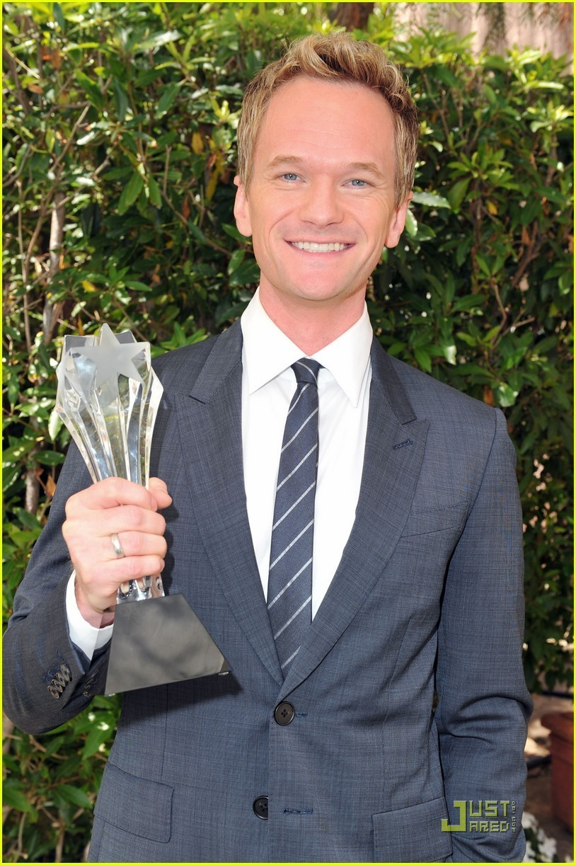 Neil Patrick Harris Critics Choice Best Supporting Actor neil patrick harris 23105815 814 1222 411travelbuys.ca: We Find it. You Buy it. FOR LESS!!! Air Canada Vacations ...