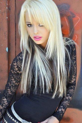 Nicki Foxx