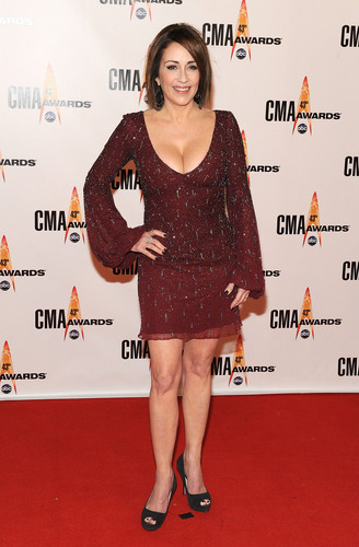 Patricia heaton in pantyhose