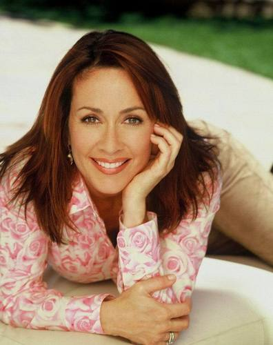 patricia heaton wallpaper probably with a portrait called Patricia Heaton