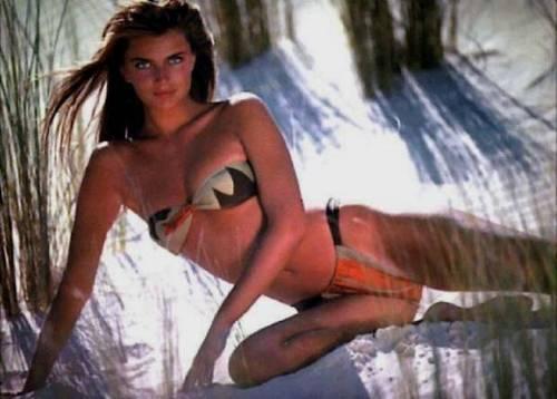 Wanita cantik kertas dinding containing skin called Paulina Porizkova