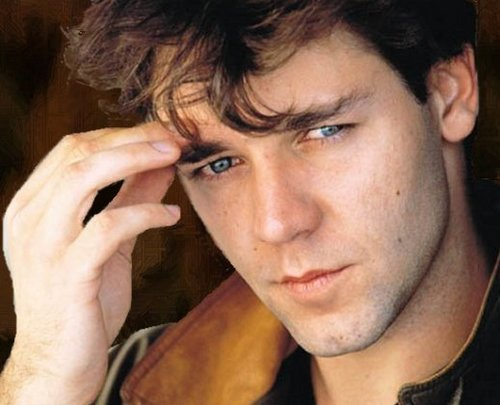 Russell Crowe - early time -
