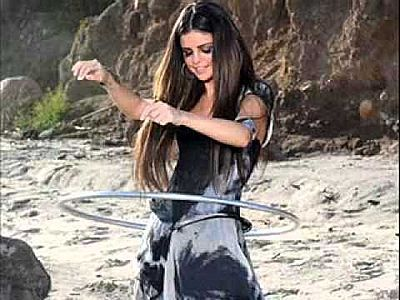Selena <33 cinta anda like a Songa <3