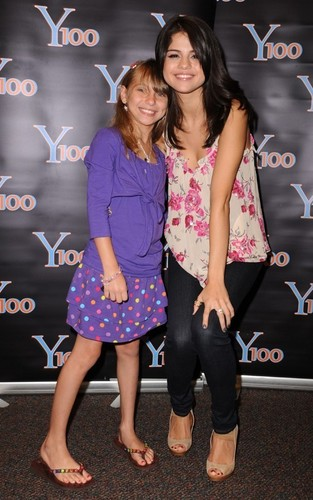 Selena Gomez paying a visit to Y100 in Miami (June 22).