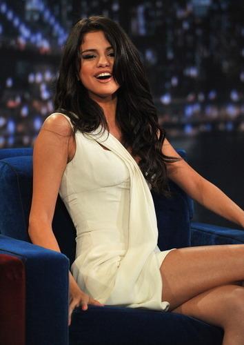 Selena - Jimmy Fallon Show - June 23, 2011