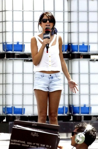 Selena - MuchMusic Video Awards Soundcheck - June 19, 2011