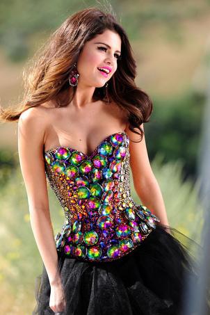 Selena ;x <33 Любовь Ты like a song !!! <3
