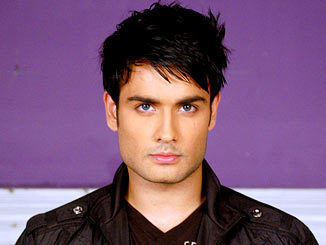 Vivian Dsena fond d'écran possibly containing a pois, pea veste and a trench manteau called Vivian#