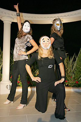 Agi, Caro & Ula Masked