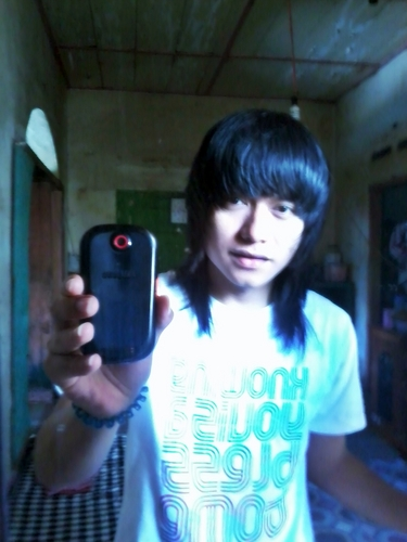 me again - emo-boys Photo