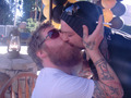 ryan dunn kiss Bam margera  - ryan-dunn photo
